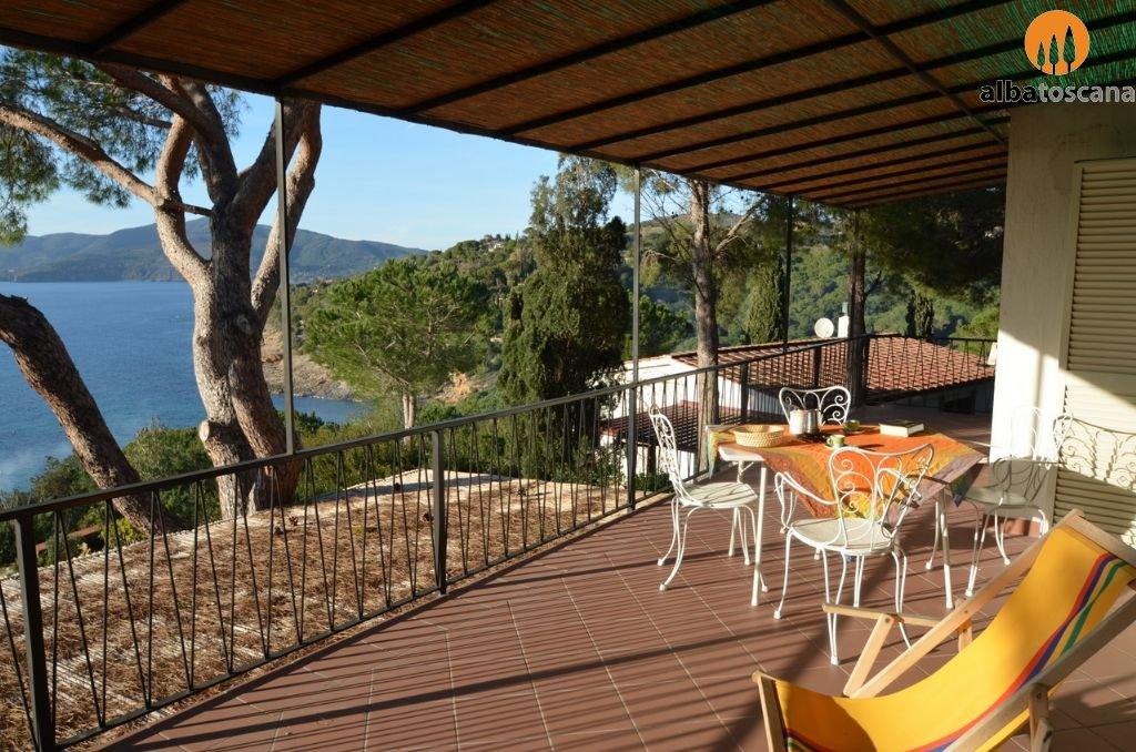 Appartamento (5 pers) in villa con vista mare all Isola dElba