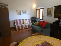 Spacious studio apartment (sleeps 2/3) in the historical centre