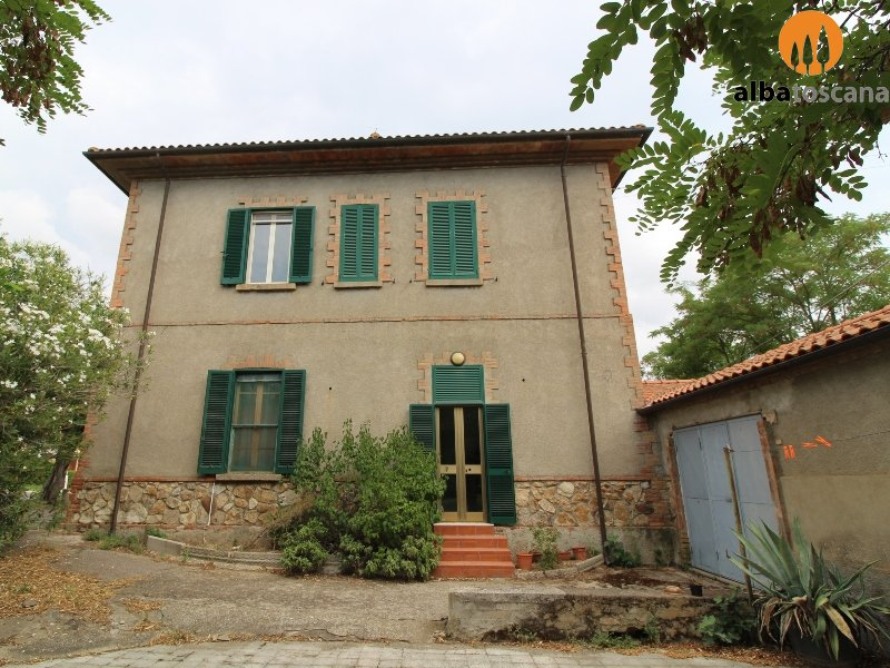 House on two floors for sale in Castellaccia