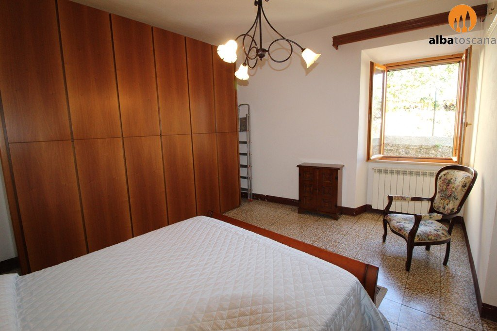 2-bedroom apartment in the historical centre for rent
